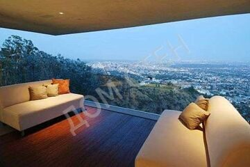4.95-million-la-classic-estates-hollywood-hills-modern-perfection-of-glass-.jpeg
